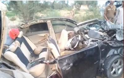 لیہ میں بارات کی گاڑی کو حادثہ,دلہن کی والدہ اور گاڑی ڈرائیور جاں بحق