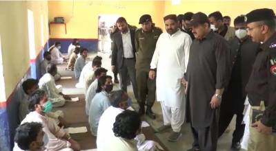 وزیر اعلیٰ پنجاب سردار عثمان بزدارکا سینٹرل جیل ڈیرہ غازی خان کا اچانک دورہ