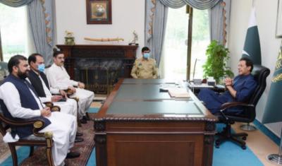 سینیٹر سرفراز احمد بگٹی اور سینیٹر انوارالحق کاکڑ کی وزیراعظم سے ملاقات, صوبے کی مجموعی امن وامان کی صورتحال زیرغور آئی