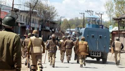 مقبوضہ کشمیر :بھارتی فورسز کی دہشتگردانہ کاروایاں،خاتون سمیت 5 افراد کو گرفتار
