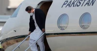 وزیراعظم عمران خان 2 روزہ دورے پر ازبکستان پہنچ گئے