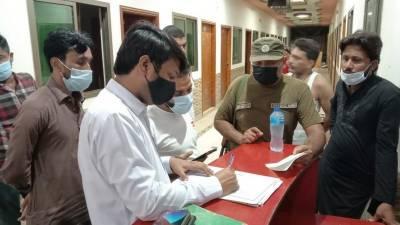 کرونا ایس اوپیزکی خلاف ورزی،ملتان میں 18کاروباری مراکز سیل