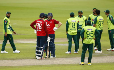 پاکستان اور انگلینڈ کے درمیان : تین ٹی ٹوئنٹی میچوں کی سیریز کا پہلا میچ آج رات ساڑھے 10 بجے شروع ہوگا