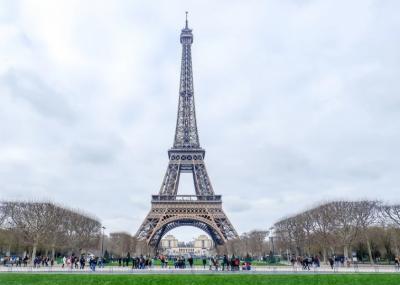 9 ماہ بند رہنے والا ایفل ٹاورسیاحوں کے لیے دوبارہ کھول دیا گیا