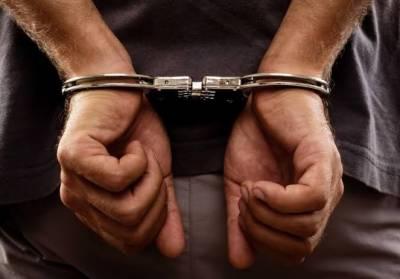 کراچی پولیس کی بڑی کارروائی، انتہائی مطلوب گینگ وار کا ٹارگٹ کلر گرفتار