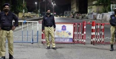 کراچی میں کرونا کے بڑھتے ہوئے کیسز کے بعد مزید علاقوں میں اسمارٹ لاک ڈاؤن نافذ کردیا گیا