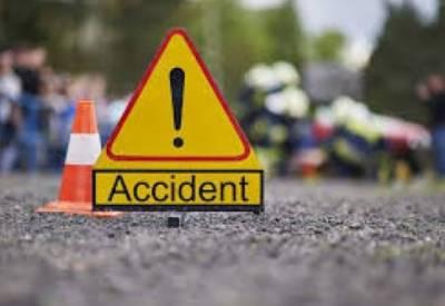 مسافرکوچ کے ساتھ ایک اور خوفناک حادثہ، 13مسافر زخمی