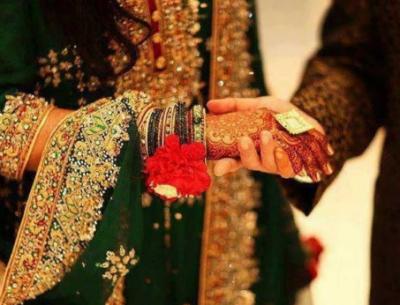 گوجرانوالہ: تیسری شادی پر پہلی بیوی نے ہال میں شوہر کی پٹائی کردی