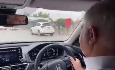 وزیراعلیٰ خیبرپختونخوا محمود خان کا پشاور کا اچانک دورہ, بغیر پروٹوکول کے خود گاڑی ڈرائیو کرتے ہوئے شہر کا جائزہ لیا