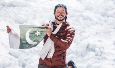 پاکستانی کوہ پیما شہروز کاشف نے کے ٹوکو سرکرلیا