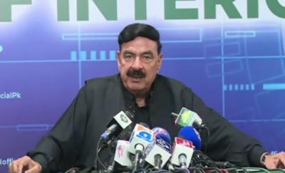 شہبازشریف اگر بات کرنا چاہیں تو حکومت کے دروازے کھلے ہیں، عمران خان کو (ن) لیگ اور پیپلزپارٹی سے کوئی خطرہ نہیں : شیخ رشید