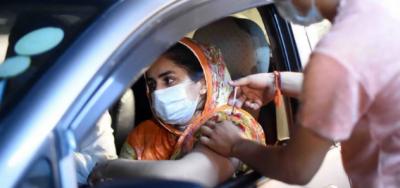 اب گاڑی میں بیٹھے بیٹھے کورونا ویکسینیشن ، سندھ حکومت نے بڑا فیصلہ کرلیا