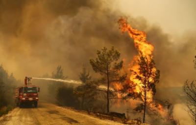 ترکی میں مختلف مقامات پرہونیوالی آتشزدگی پرمکمل طورپرقابوپانے کیلئے کوششیں جاری