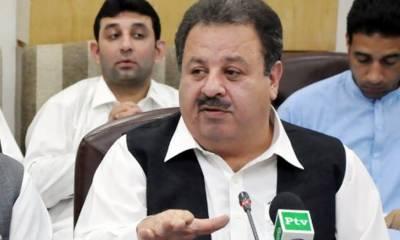 وزیر بلدیات خیبر پختونخوا اکبر ایوب خان مستعفی