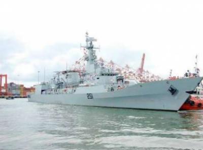پاک بحریہ کے جہاز پی این ایس ذوالفقار کا جرمنی کی بندرگاہ ہیمبرگ کا دورہ