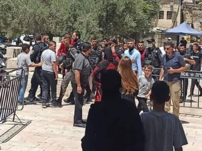 اسرائیلی فوج کی دہشتگردانہ کارروائیاں ، باپ بیٹے سمیت 4 فلسطینی زیرحراست