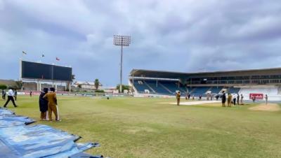 پاکستان اور ویسٹ انڈیز کے درمیان دوسرے دن کا کھیل بارش کی وجہ سے تاخیر کا شکار