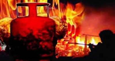 جہانیاں میں گیس سیلنڈر پھٹنے سے خاتون جاں بحق، 2 بچے جھلس کر زخمی