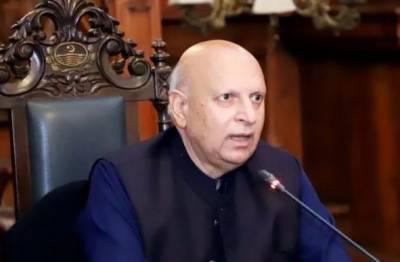 سیاسی مخالفین اوورسیز پاکستانیوں کو ووٹ کا حق دینے میں بھی رکاوٹ بن رہے ہیں۔گورنر پنجاب
