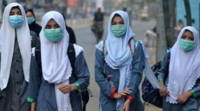 سندھ میں پیر سے 50 فیصد حاضری کیساتھ اسکول کھولنے کا فیصلہ