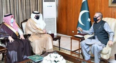 صدر مملکت ڈاکٹر عارف علوی سے سعودی سفیر اور انٹرنیشنل اسلامک یونیورسٹی اسلام آباد کے صدر کی ملاقات