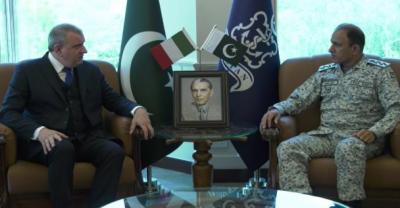 امیر بحر ایڈمرل محمد امجد خان نیازی سے اطالوی سفیر کی ملاقات، علاقائی سیکیورٹی پر تبادلہ خیال