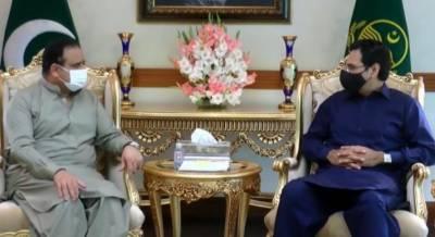 وزیراعلیٰ پنجاب سردار عثمان بزدار سے وفاقی وزیر آبی وسائل چودھری مونس الہی کی ملاقات