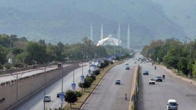 کورونا کیسز کے باعث اسلام آباد میں اسمارٹ لاک ڈاؤن لگانے کا فیصلہ
