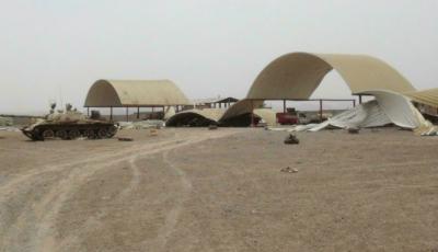 یمن:فضائی اڈے پر حملوں میں حکومت کی حامی فوج کے سات اہلکار ہلاک، درجنوں زخمی