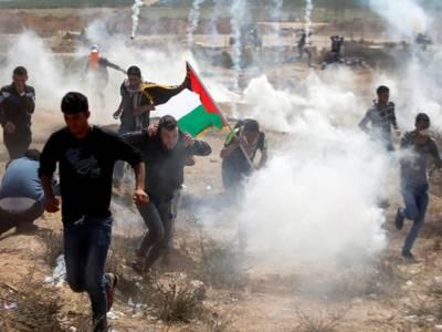 اسرائیلی فوج  کی فائرنگ 70 فلسطینی زخمی