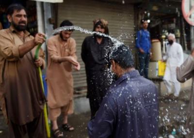 کراچی میں 14 ستمبر تک موسم گرم رہنے کا امکان ہے: محکمہ موسمیات
