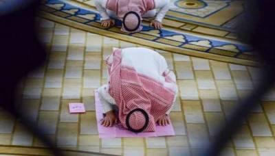 سعودی عرب کی مساجد میں آنےوالے نمازیوں میں کرونا کیسز صفر
