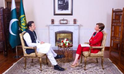 امریکا کو زمینی حقائق کا نہیں پتا، اس لیے پاکستان پر اعتماد نہیں کرتا: وزیراعظم عمران خان