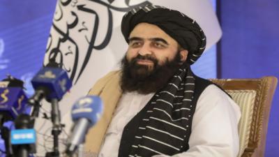 غیر ملکی قوتیں افغانستان کے داخلی معاملات میں دخل اندازی نہ کریں: امیر خان متقی