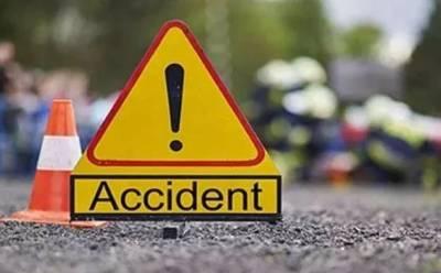 لودھراں:ٹریلر اور گاڑی میں ٹکر، 3 افراد جاں بحق، 10 زخمی