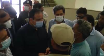 وزیراعلیٰ پنجاب سردار عثمان بزدار کاسمبڑیال میں ماڈل پولیس سٹیشن کا دورہ