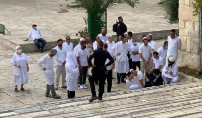 درجنوں یہودی آباد کاروں کا مسجد اقصیٰ پر دھاوا، مقدس مقام کی بے حرمتی