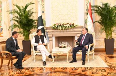 وزیراعظم عمران خان اور تاجکستان کے صدر امام علی رحمن کے درمیان ملاقات