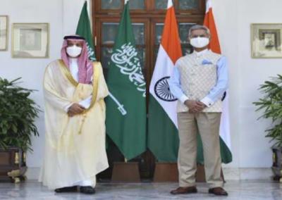 سعودی وزیرخارجہ کی بھارتی ہم منصب سے ملاقات