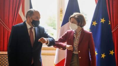 فرانس کے وزیر دفاع اور برطانوی ہم منصب کے درمیان طے ملاقات منسوخ