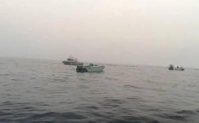 عرب اتحاد نے حوثی ملیشا کی دو کشتیاں تباہ کر دیں۔