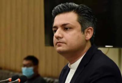 30 ستمبر کے بعد ویکسین نہ لگوانے والوں کو بہت سی سہولیات نہیں ملیں گے: وفاقی وزیر توانائی حماد اظہر