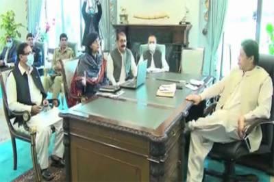 وزیراعظم سے ڈاکٹر ثانیہ نشتر کی ملاقات، پناہ گاہوں کی صورتحال پر بریفنگ