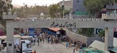 طالبان نے طورخم سرحد ہر قسم کی آمدو رفت کے لیے بند کردی ہے