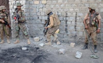 جنوبی وزیرستان میں سیکیورٹی فورسز کا آپریشن، 10 دہشت گرد ہلاک